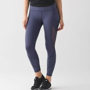 Lululemon Fast As Light Tight in Greyvy